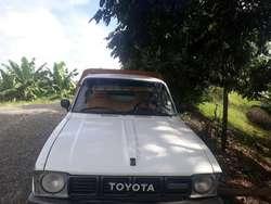 Vendo Toyota Año 88 Al Dia 9/10.