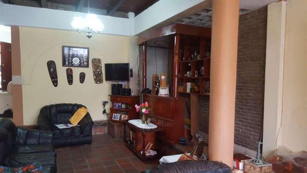 Venta de Casa, Calle Argentina y Panamá, Sur Durán