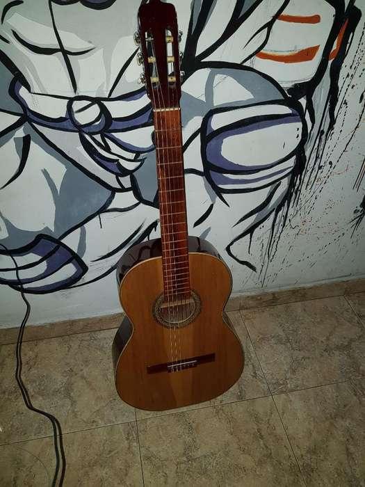 Se Vende Guitarra Acustica Noguera