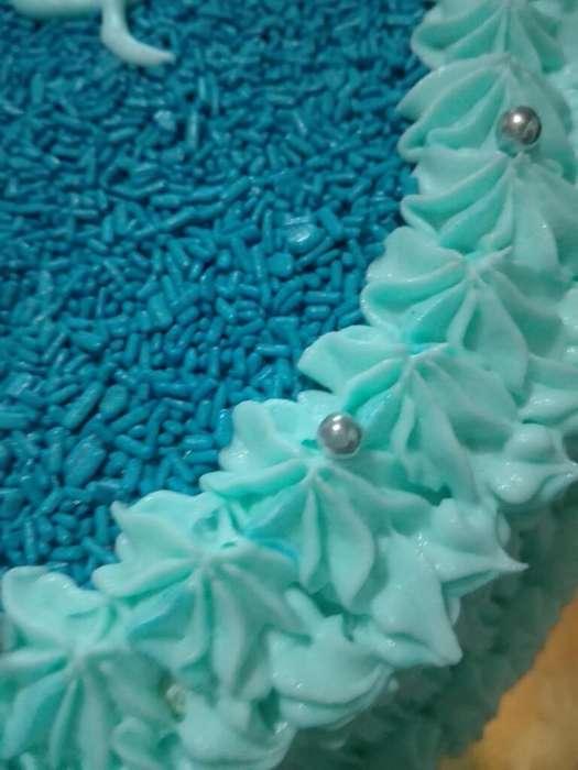 Tortas Y Mesa de Dulces