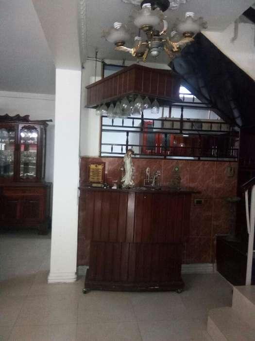 # SE VENDE bonita casa Pradera 2 Casa de 2 <strong>piso</strong>s con terraza/ sur/ biess
