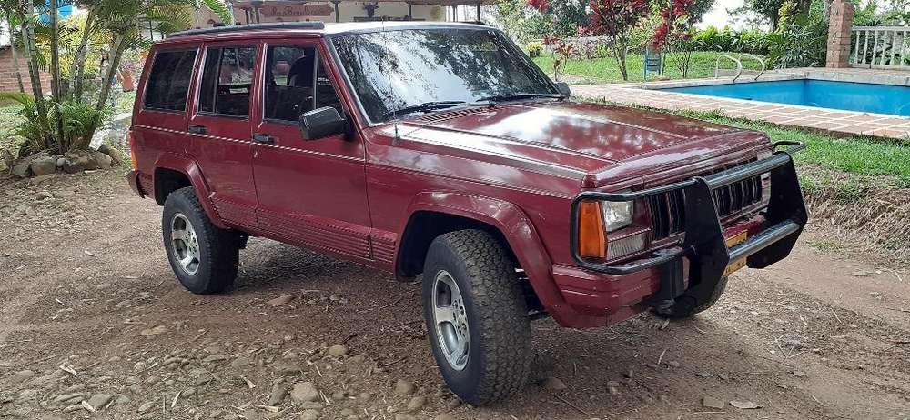 JEEP Cherokee 1996 - 150000 km