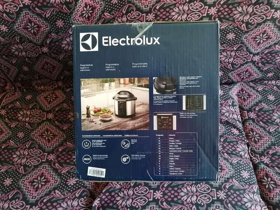 Olla Electrolux Multifuncion 6 Lt