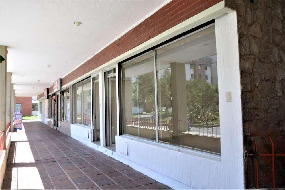 Vendo /Arriendo Local Comercial 38 m² Conjunto San Sebastián del Norte de Quito