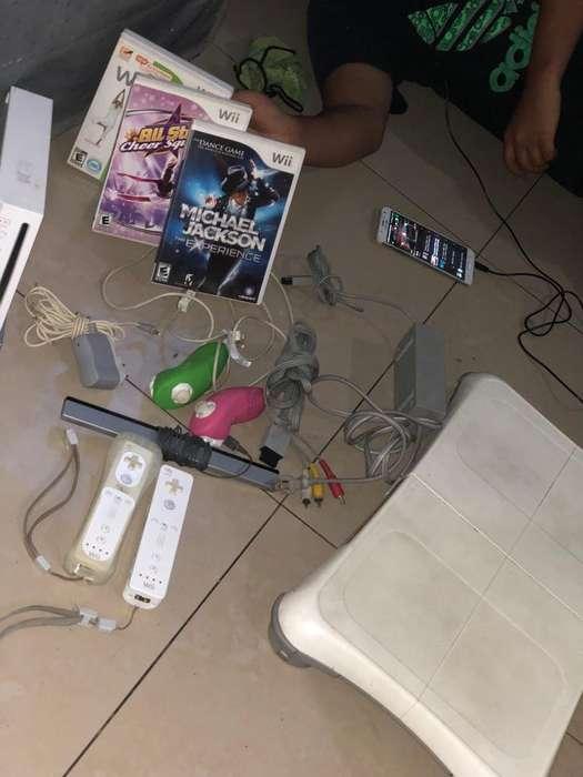 Wii con 3 Peliculas y plataforma