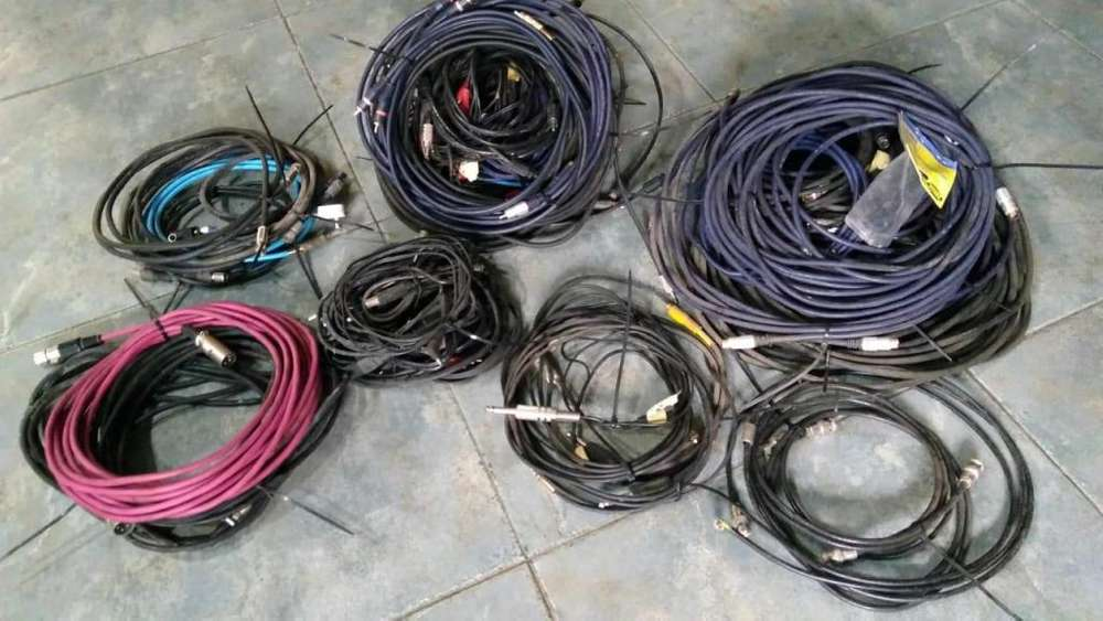 CABLES DE VIDEO Y AUDIO SUPER VIDEO, CANNON, ETC. EN LOTE.