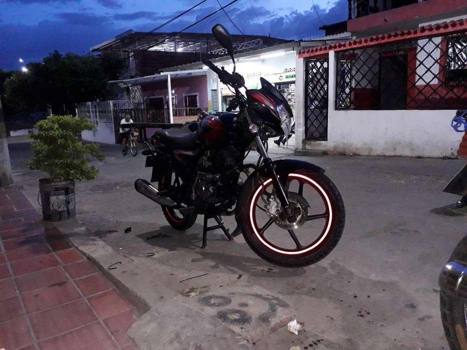 Hermosa Moto Discover 125 Mod 2013