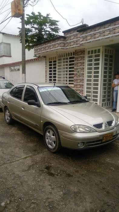 Renault Megane  2008 - 125000 km