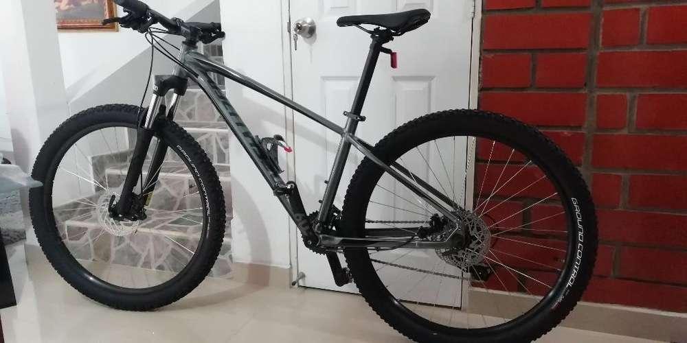 Bicicleta Specialized, para Estrenar.