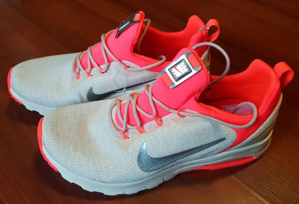 Zapatillas <strong>mujer</strong> Nike Air. T. 37.5