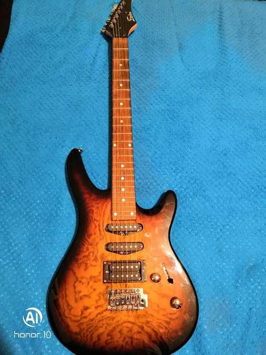 Vendo Guitarra Eléctrica Freedom