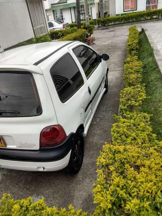 Renault Twingo 2005 - 142000 km