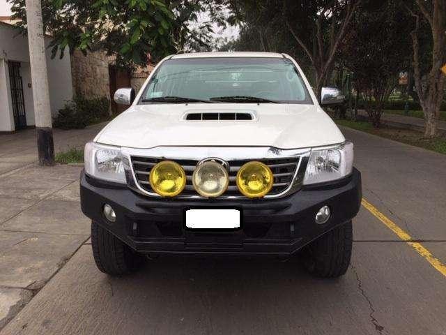 Toyota Hilux 2015 - 68000 km
