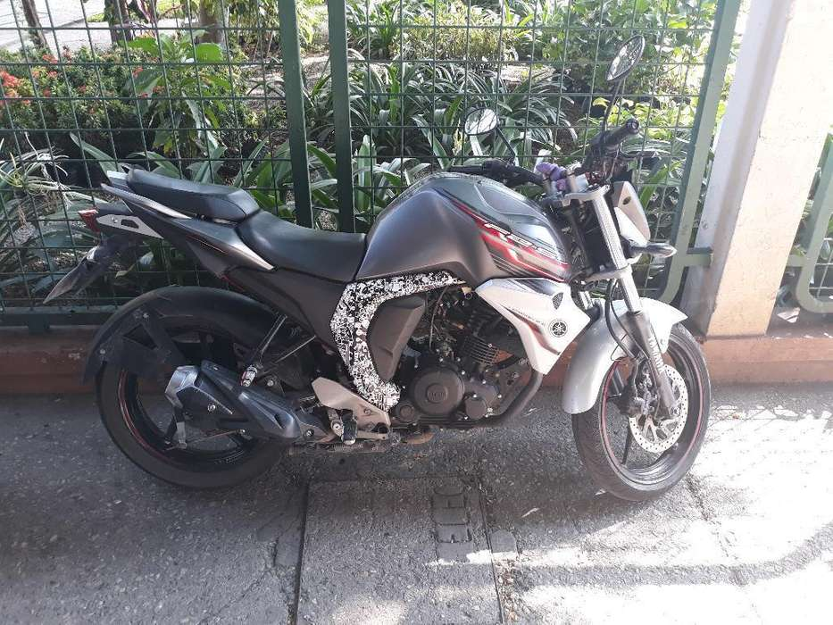 Vendo <strong>yamaha</strong> Fz 2.0 Full Inyection 2017