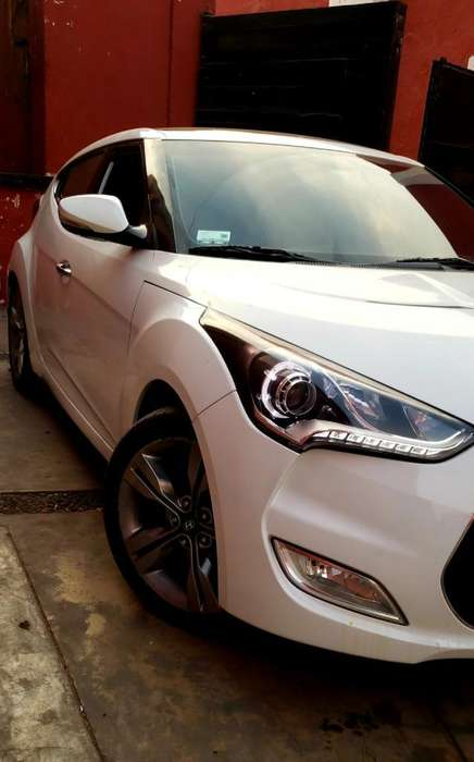 <strong>hyundai</strong> Veloster 2014 - 26000 km