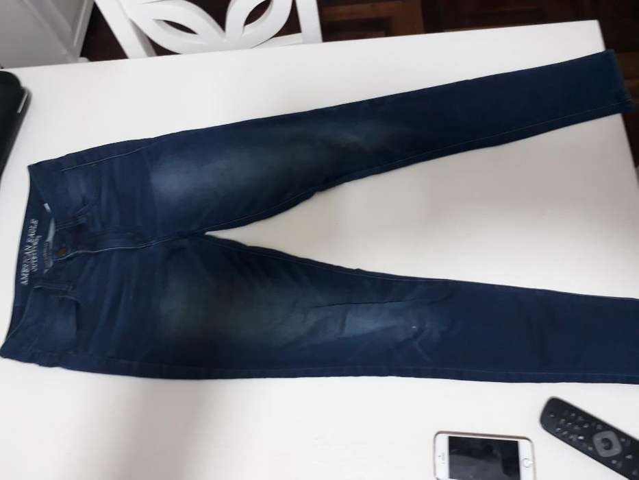 Jeans Talle 38. American Eagle