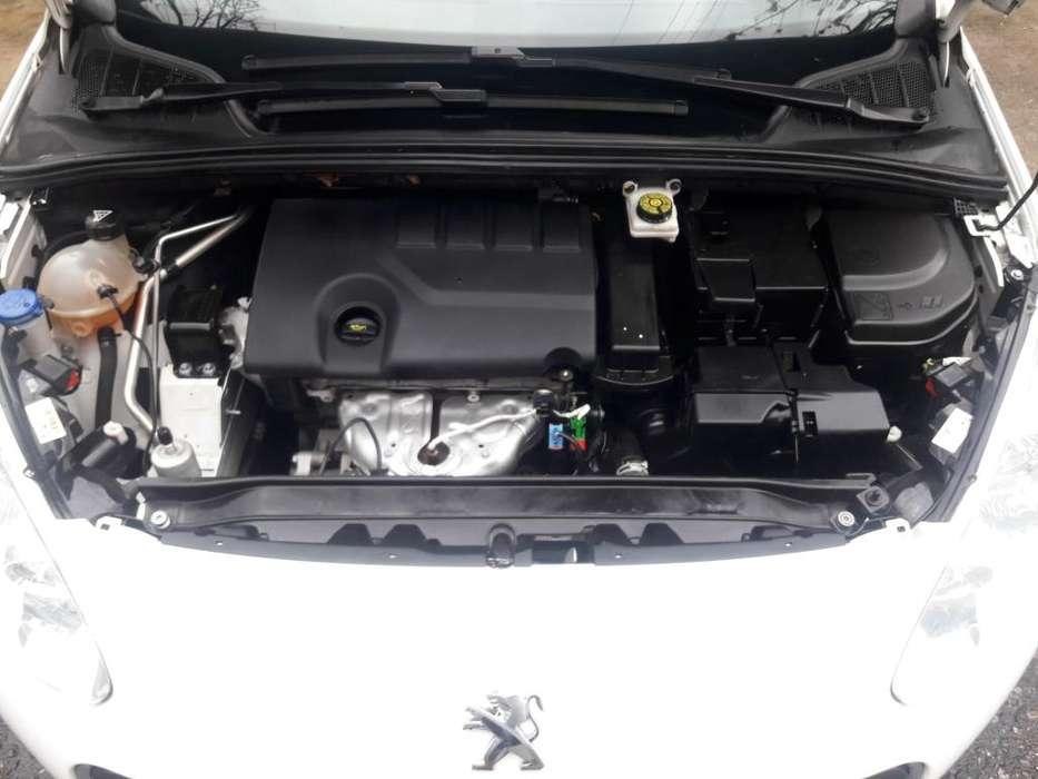 Peugeot 308 2014 - 90000 km