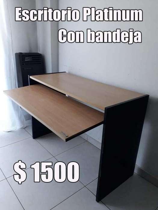 <strong>escritorio</strong> Platinum c/ bandeja para teclado La Plata