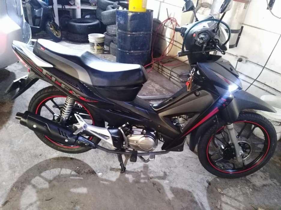 Moto Akt Flex 125 Negra Mate