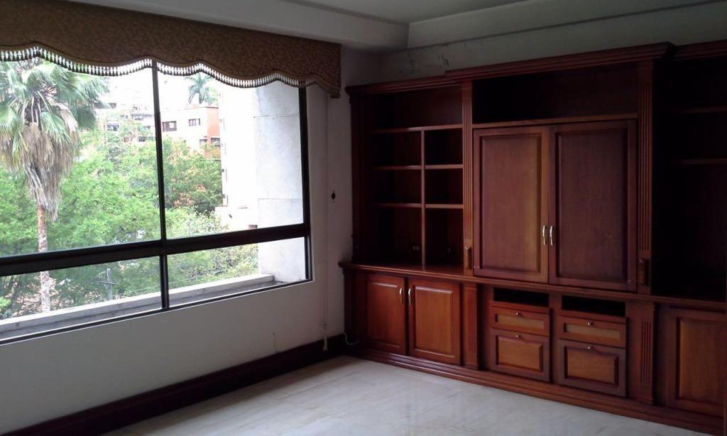 317267LP Venta Apartamento Poblado Milla de Oro - wasi_516234