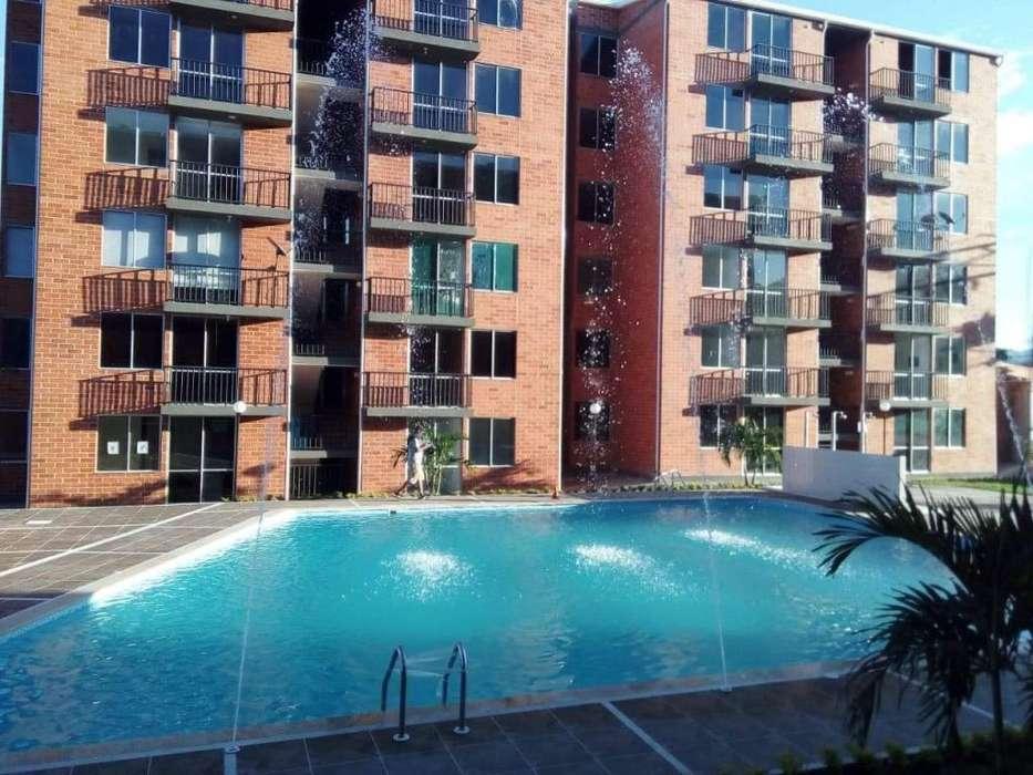 Hasta 40.000 persona en Hermoso Apartamento con piscina Melgar