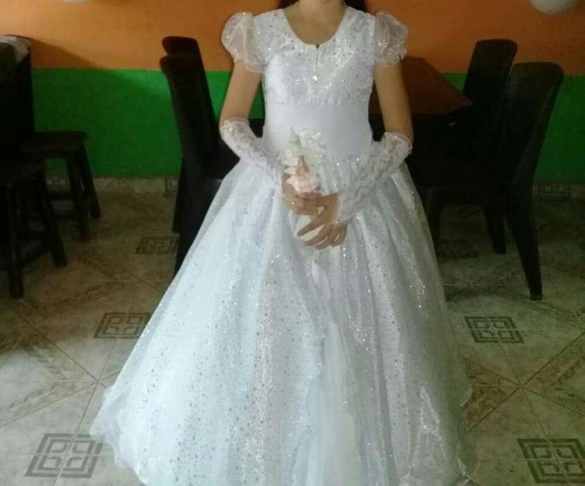 d8be84d41 Vestido de primera comunion nuevo  Ropa en venta en Antioquia