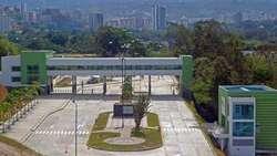 Oficina para estrenar en Zona Franca Santander