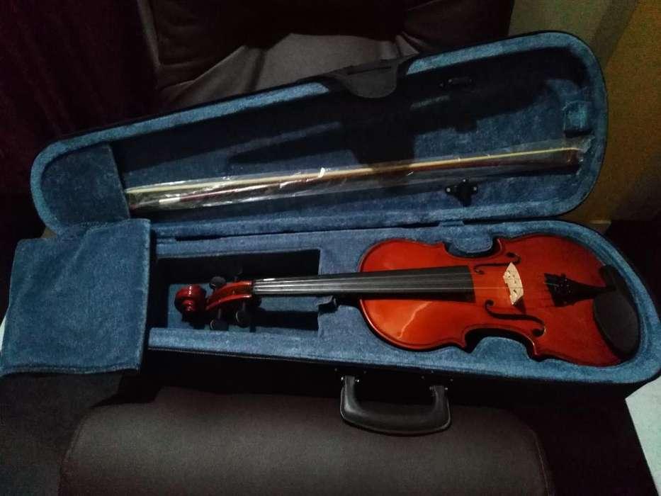 Se Vende Violin en Excelente Estado