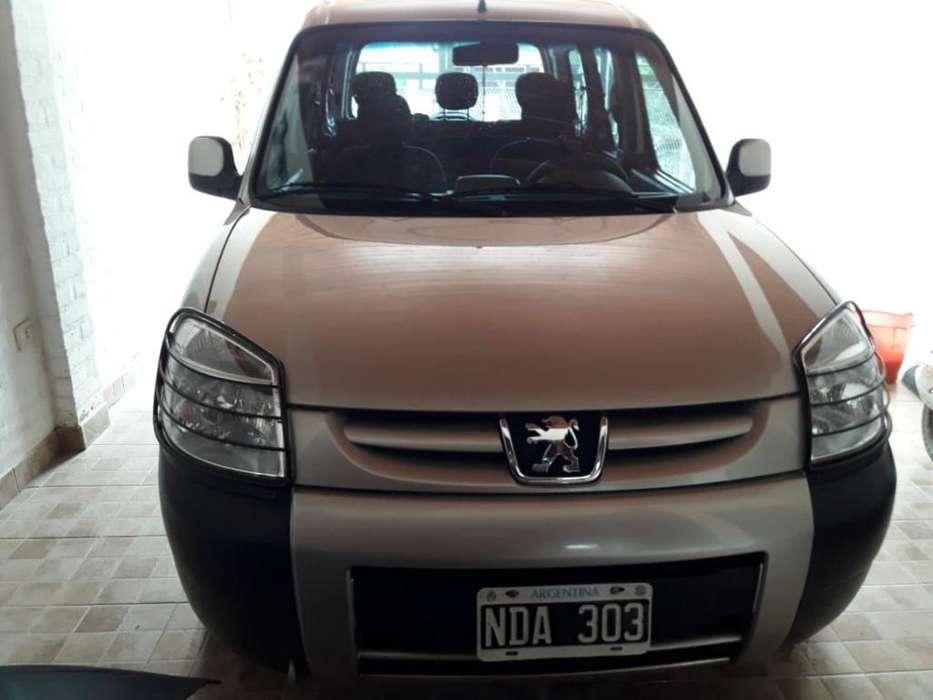 Peugeot Partner 2013 - 97000 km