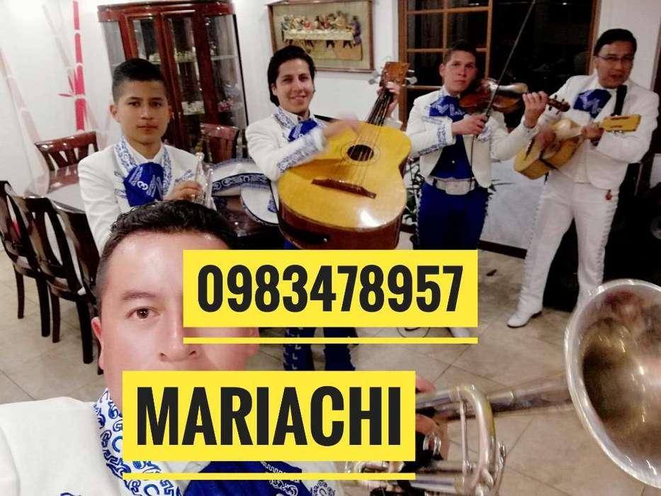 Mariachis en San Fernando de Guamani