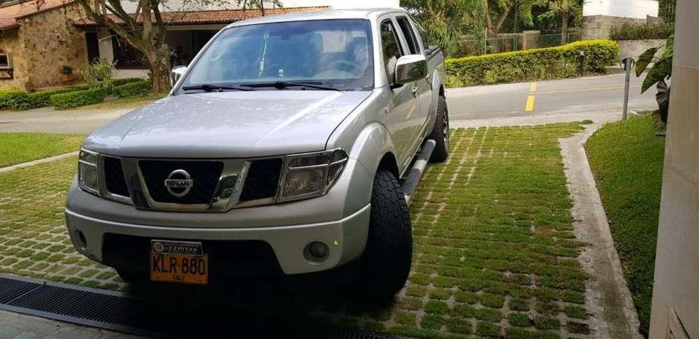 Nissan Navara  2011 - 180000 km