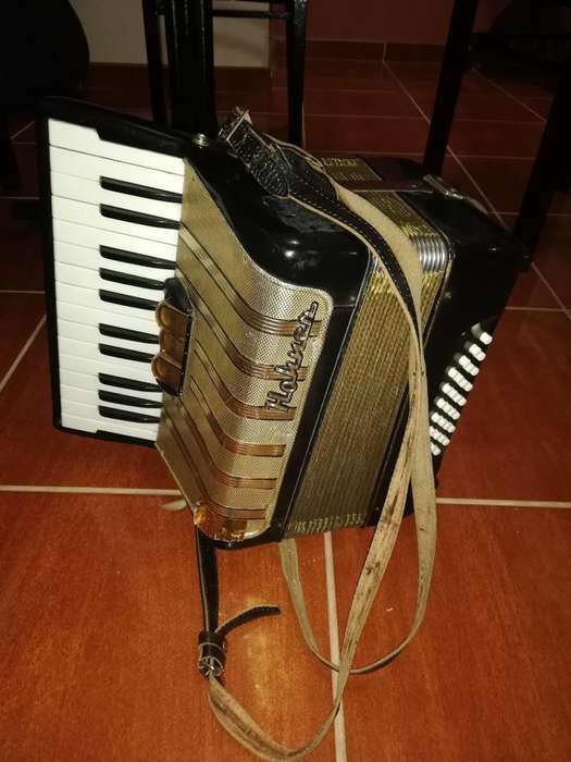 ACORDEON HOHNER CONCERTO PERFECTO ESTADO
