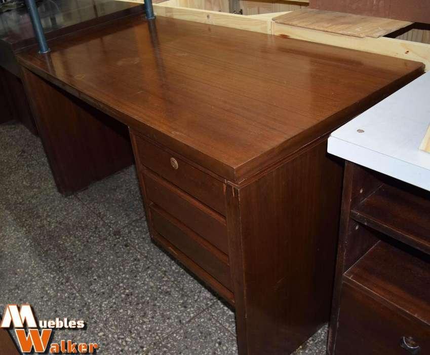 <strong>escritorio</strong> GRANDE con 3 cajones amplios