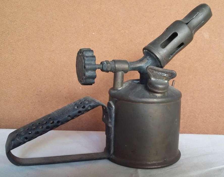 antiguo soplete soldador primus