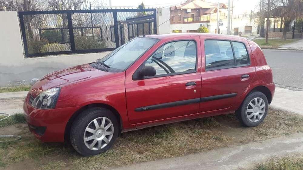 Renault Clio  2012 - 41000 km