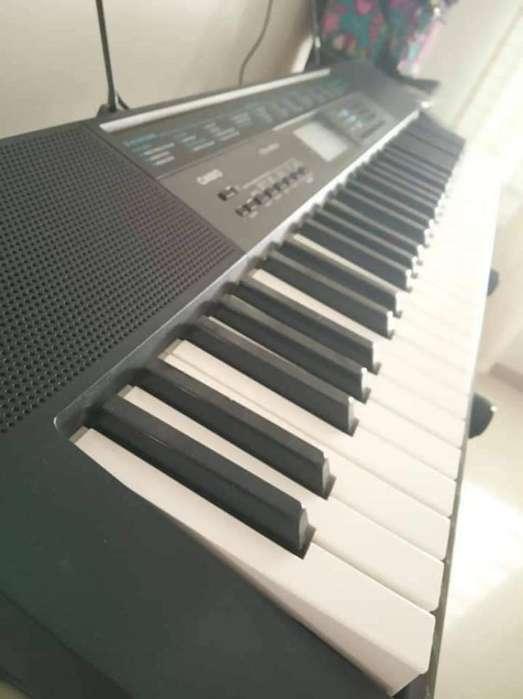Piano Casio Ctk2550