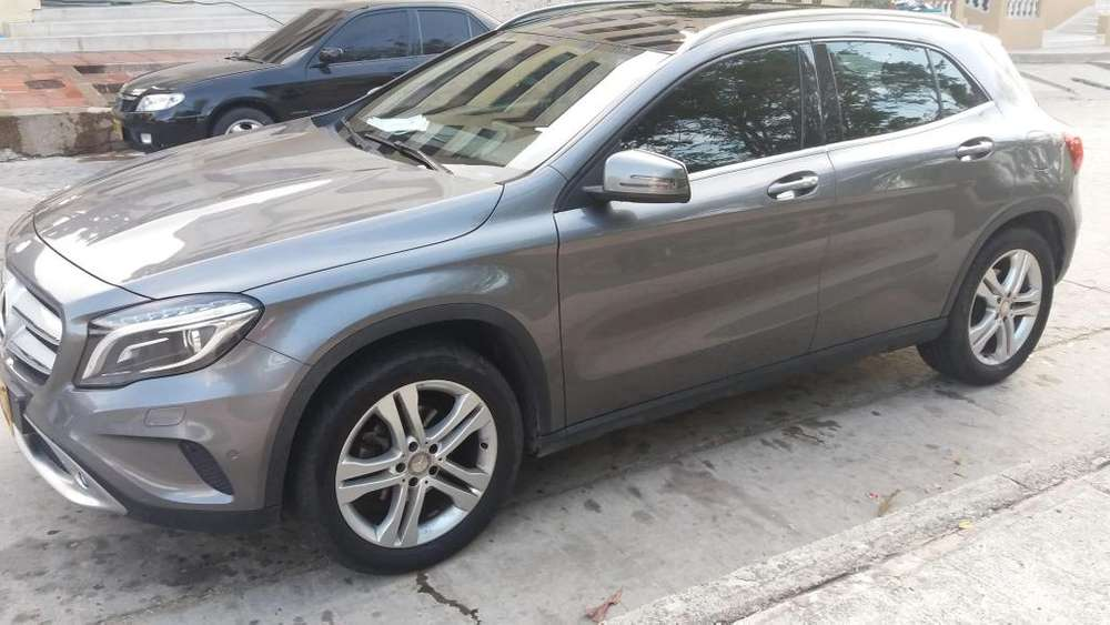 <strong>mercedes</strong>-Benz Clase GLA 2016 - 40000 km