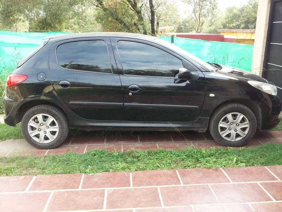 <strong>peugeot</strong> 207 Compact 2012 - 147000 km