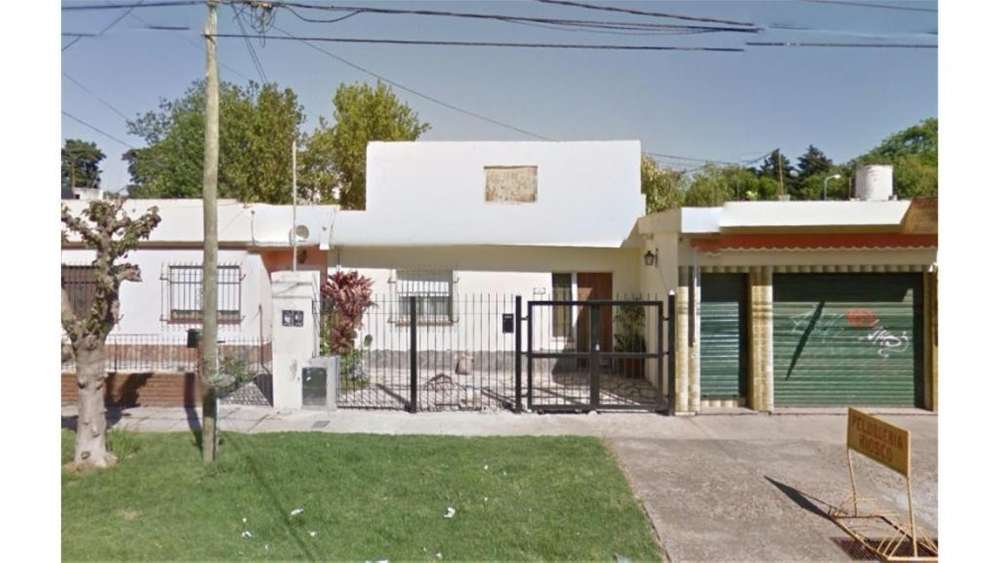 Jose Manuel Estrada 400 - 16.500 - Casa Alquiler