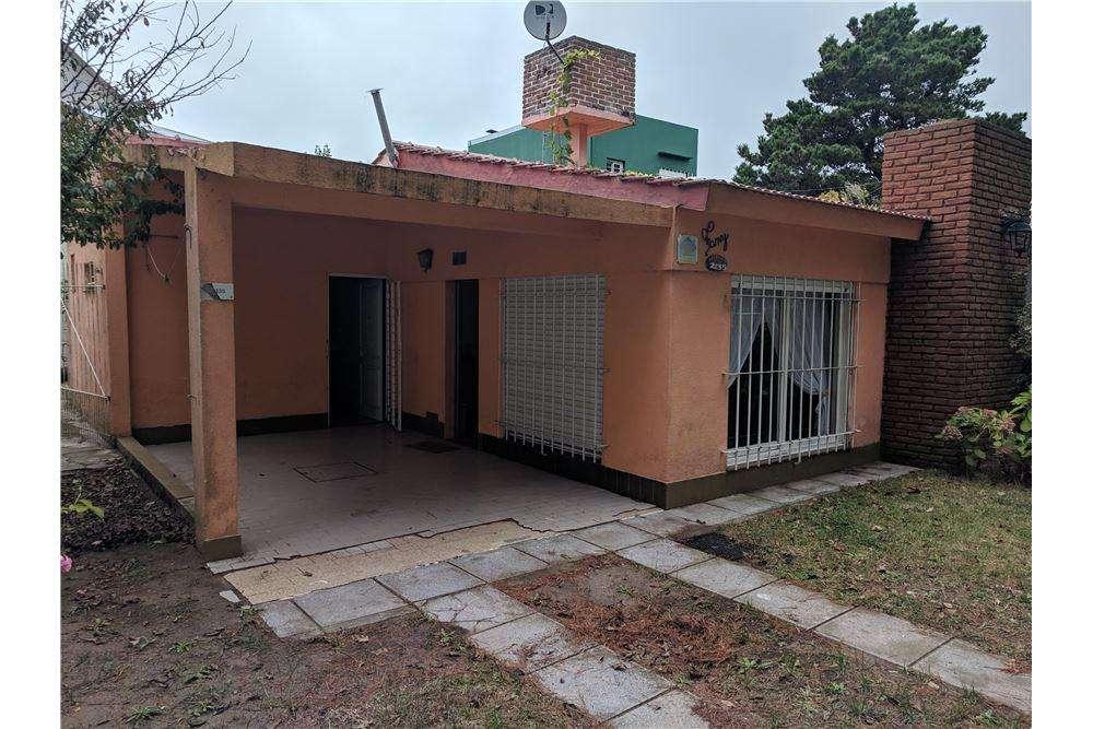 OPORTUNIDAD Casa 3 amb patio dependencia