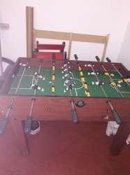 Mesa de billar de 120 x 80cm y futbolin del mismo tamao