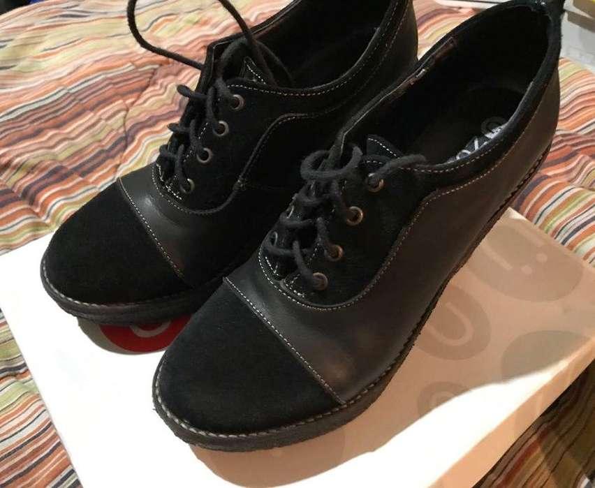 Zapato de <strong>mujer</strong> Negro de Cuero