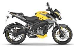 MOTO PULSAR NS 200 FI