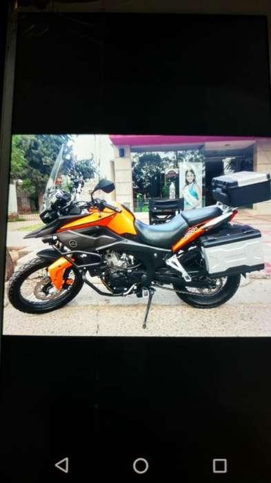 Vendo moto Corven Touring Triax