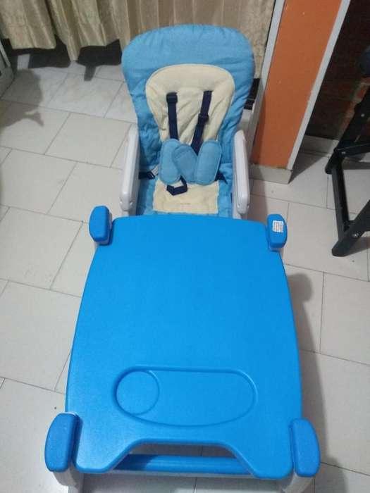 Mesa Multiuso para Bebe Marca Ebaby