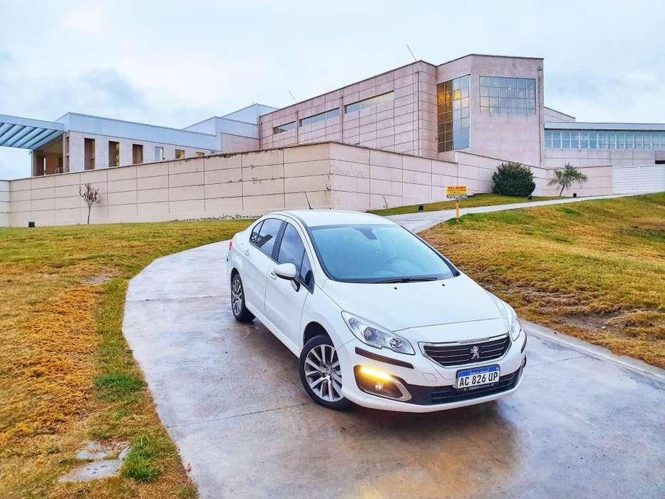 Peugeot 408 2018 - 6000 km