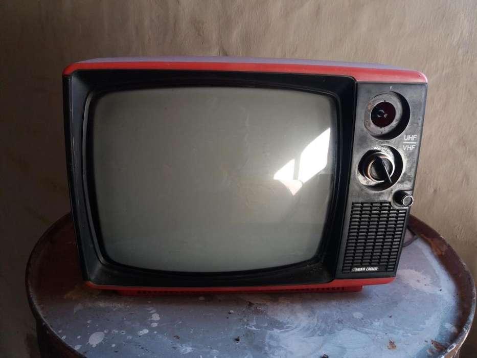 <strong>televisor</strong> Retro Funciona