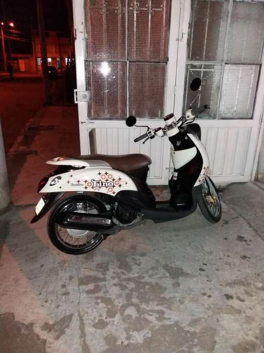 Moto Yamaha Fino. Modelo 2013. 16.000 Km