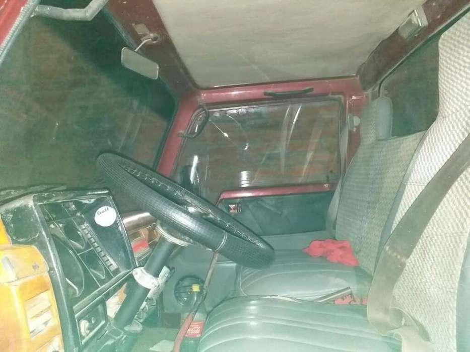 Vendo Camion Nissan
