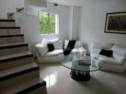 Casa Campestre con Piscina en Condominio